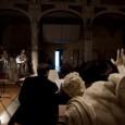 """Nel suggestivo scenario della Gipsoteca di Pisa, il Comitato Pari opportunità della Scuola Normale Superiore organizza giovedì 17 maggio, alle ore 18, una lettura di poesie d'amore. Autorità locali, docenti, allievi e ricercatori della Normale, leggeranno poesie che parlano d'amore, da Ovidio, Saffo, Catullo, passando per Angiolieri, Shakespeare, Donne, fino ad arrivare a Montale, Kavafis e molti altri poeti. Una trentina di poesie, per una trentina di lettori: un inno al sentire amoroso, oltre l'orientamento sessuale, in occasione della """"Giornata Internazionale contro l'omofobia e la transfobia"""". Le letture focalizzano l'attenzione su sette parole chiave del rapporto con l'altro: inscindibilità, separazione, […]"""