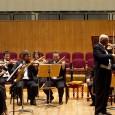 Domani, 18 febbraio, al Teatro Verdi dalle ore 21 uno degli appuntamenti più attesi del cartellone 2013/2014. Accardo duetterà con il violino di Laura Gorna, accompagnati dall'Orchestra da Camera Italiana.