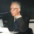 Claudio Cesa si è spento all'età di 86 anni. Filosofo, tra i più importanti studiosi dell'idealismo tedesco, era docente emerito alla Scuola Normale Superiore di cui era stato allievo nel quadriennio 1946-1950. Professore di ruolo nei licei dal 1956, ha conseguito la libera docenza in Storia della filosofia moderna nel 1964. Professore aggregato presso l'Università di Firenze nel triennio 1969-1972, erastato chiamato (1972) come professore di filosofia politica alla Facoltà di Giurisprudenza della Università di Siena; nel 1977 è passato a Firenze, per Filosofia morale; nel 1982 è stato chiamato, per Storia della filosofia moderna, alla Scuola Normale Superiore ove […]