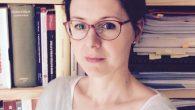 Ilaria Pavan è professoressa di Storia contemporanea, ha al proprio attivo diverse pubblicazioni che riguardano principalmente la storia del fascismo, della persecuzione ebraica fascista e la storia della minoranza ebraica in Italia. Marco Rovinello insegna Storia, per lungo tempo il suo principale interesse di ricerca è stata la storia delle migrazioni. Modera il giornalista Giuseppe Mascambruno.