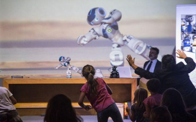 Si rinnova la collaborazione della Scuola Normale con la rete delle istituzioni che ha promosso il Festival, una iniziativa pensata per avvicinare il grande pubblico al tipo alla robotica in ambiti quali la medicina, lo sport, la nautica, i beni culturali, la green economy, e per discutere delle implicazione etiche ed economiche che questo comporta.
